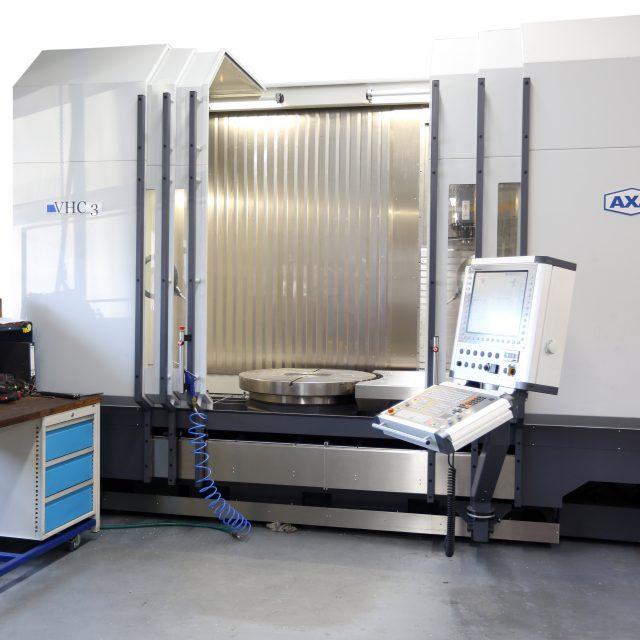 AXA VHC3-XTS 5-Achs Bearbeitungszentrum